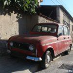 Avtomobil marki Yugo na ulitse Ohrida 150x150 - Жилье в Охриде. Охридское озеро, пляжи.