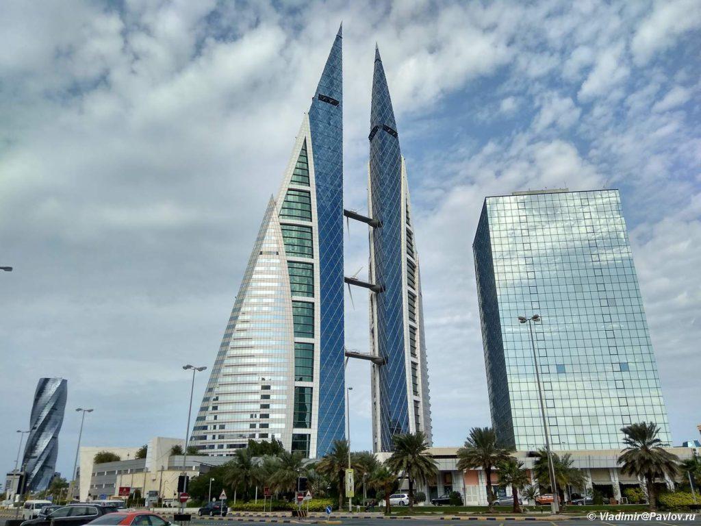 Bahrejnskij vsemirnyj torgovyj tsentr v Maname. Bahrejn. Bahrain World Trade Center Manama 1024x768 - Королевская Верблюжья ферма Royal Camel Farm, Форт Калат-аль-Бахрейн Qal'at al-Bahrain
