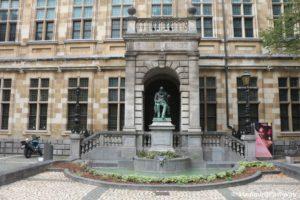 Biblioteka Antverpena 300x200 - Бельгия. Бельгийское современное искусство. 6