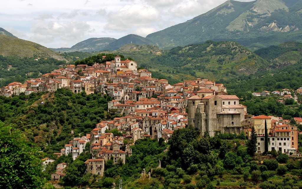 Borgo nazvanie nebolshih autentichnyh gorodov Italii 1024x640 - Борго (итал. Borgo). Достопримечательности Италии.