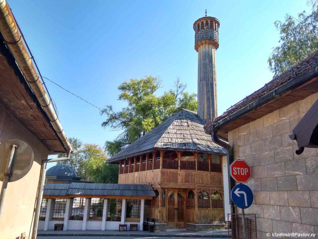 Derevyannaya mechet Tabhanska d amija v Visoko Bosniya i Gertsegovina 1024x768 - Високо (Visoko) - город пирамид в Боснии и Герцеговине