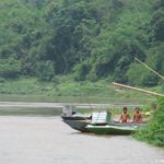 Detstvo prohodit na beregu Mekonga. Laos 150x150 - Судоходство по Меконгу. Лаос
