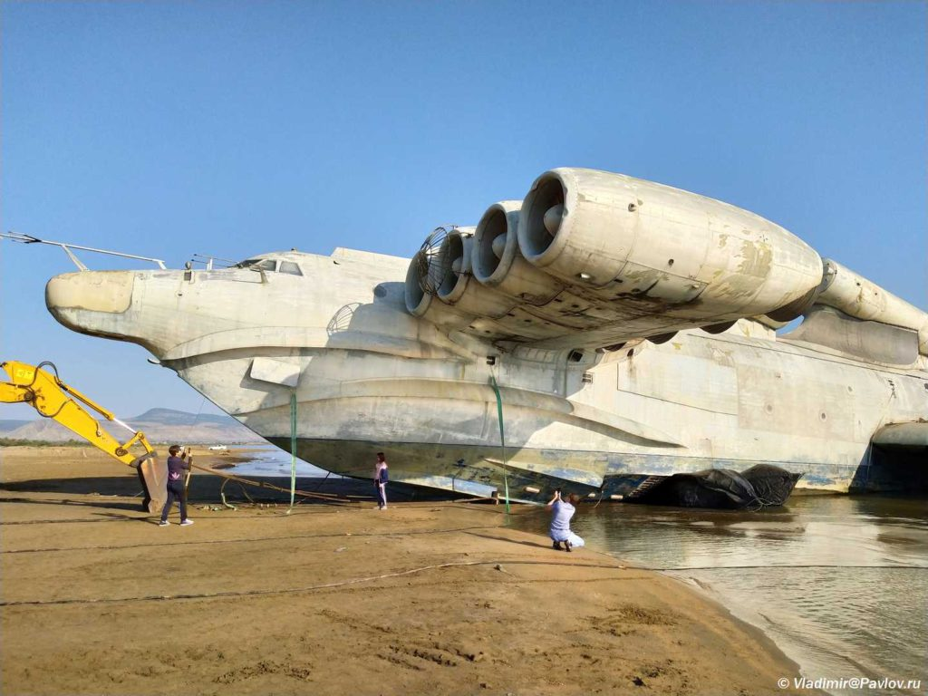 Dostoprimechatelnost Derbenta raketoplan Lun. Dagestan 1024x768 - Экраноплан «Лунь», «Каспийский монстр»