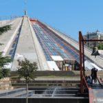 Dostoprimechatelnost Tirany piramida. Byvshij muzej 150x150 - Тирана. Черная Ауди. Достопримечательности.