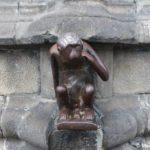 Dostoprimechatelnost monsa obezyanka 150x150 - Бельгия без туров. Монс. Mons, Belgium.