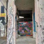 Eto zdanie ne vosstanavlivayut ostavlyaya na stenah sledy Balkanskoj vojny. Bosniya i Gertsegovina Mostar 150x150 - Мостар (Mostar) - достопримечательность Боснии