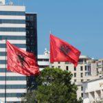 Flag Albanii 150x150 - Тирана. Черная Ауди. Достопримечательности.