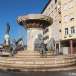 Fontan Materi Makedonii Fountain of the Mothers of Macedonia v Skope 150x150 - Достопримечательности Македонии, Скопье.
