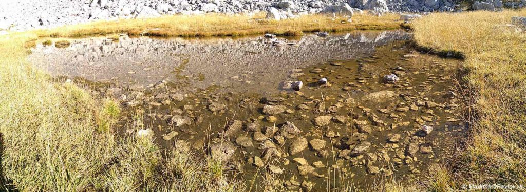 Gornoe ozero u trekkingovoj trope v Nats. parke Durmitor 1024x375 - Восхождение на Боботов Кук.  2. Черногория