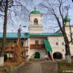 Hram v Mirozhskom monastyre Pskova 150x150 - Мирожский монастырь в Пскове