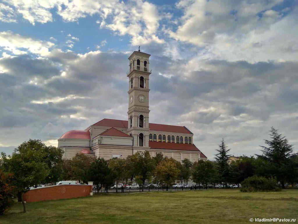 IMG 20190925 183145 HDR 1024x768 - Разные достопримечательности Приштины. Pristina. Косово