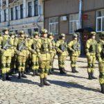 Komplekt Ratnik na voennyh 150x150 - 9 мая в Выборге. Праздник на Красной площади, парад ретротехники военных лет