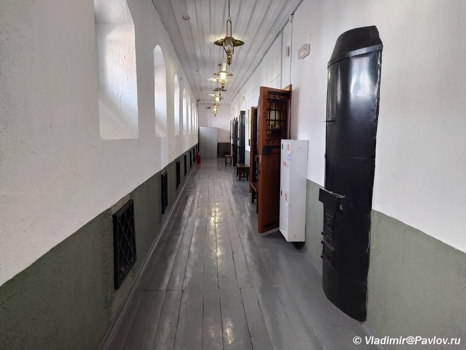 Koridor soedinyayushhij kamery v Tobolskoj tyurme - Ночь в тюрьме. Тобольский централ. Тюремный замок