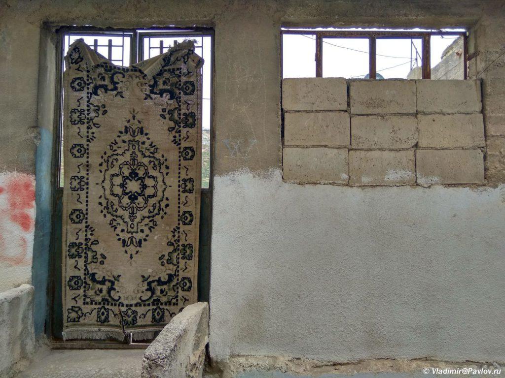 Kover kak dver v Es Salte As Salt Iordaniya 1024x768 - Двери и ворота - достопримечательности города Эс Салт в Иордании (As Salt)