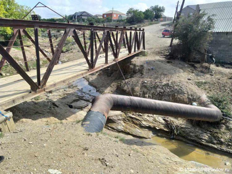 Most v sele CHirkej 750x563 - Самостоятельно в Сулакский каньон