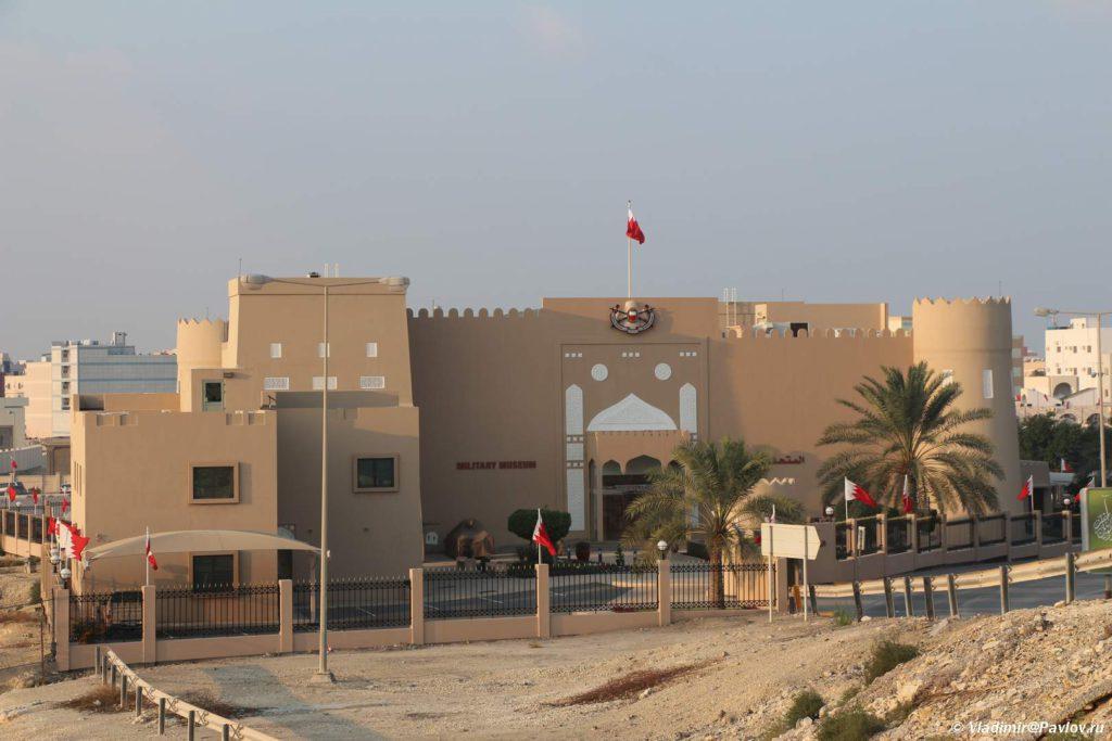 Muzej vooruzhennyh sil Bahrejna. Bahrain Military Museum 1024x683 - Форт Салман бин Ахмет аль-Фатех в Эр-Рифа. Sheikh Salman Bin Ahmed Al Fateh Fort, Riffa