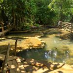 Nad vodopadom ustroeny mostki. Vodopad Phu Si Phu Si waterfall. Laos. Dostoprimechatelnosti Luang Prabang. Laos Luang Prabang 150x150 - Окрестности Луанг Прабанг. Пещера Пхалуеси (Phaluesi Cave). Водопад Пху Си (Phu Si Waterfall)