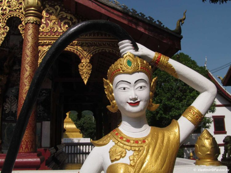 Nang Thorani. Bozhestvo voploshhayushhee Zemlyu v Laose 750x563 - Большое Азиатское путешествие. Лаос