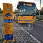 Ostanovka avtobusa v aeroport Prishtiny na avtovokzale Prishtiny. Kosovo 150x150 - Аэропорт Приштина, аэродром из фильма «Балканы, последний рубеж»