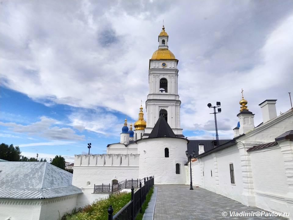 Pavlinskaya bashnya i kolokolnya. Tobolsk - Прогулка по Тобольскому кремлю