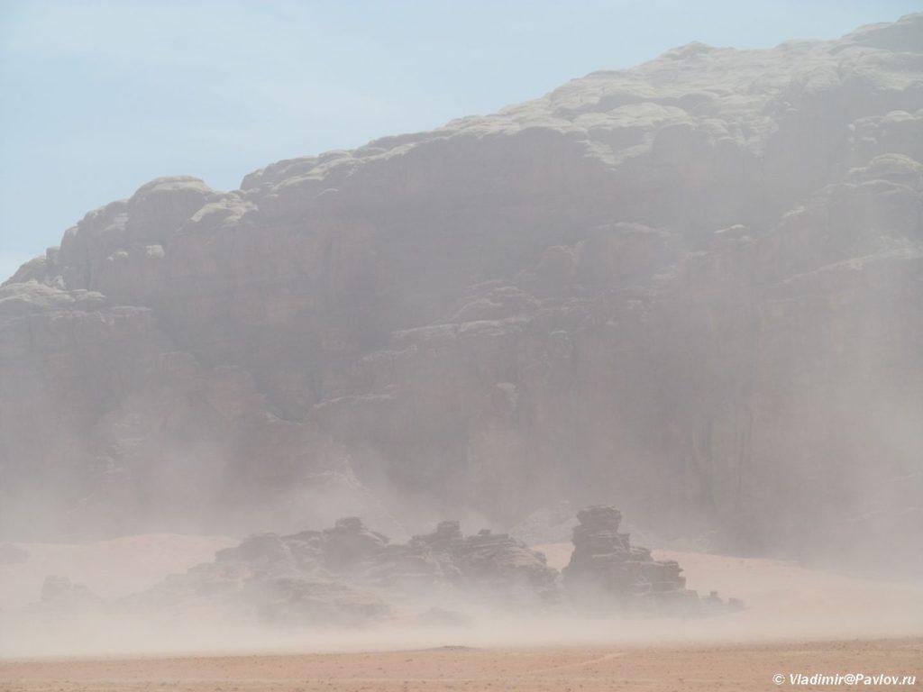 Peschannaya burya v pustyne Vadi Ram. Iordaniya. Wadi Rum Jordan 1 1024x768 - Песчаная буря в пустыне Вади Рам (Wadi Rum sand storm)