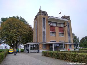 Peshehodnyj tunnel Sant Anna v Antverpene Sint Annatunnel 300x225 - Бельгия. Антверпен. Antwerpen. 7