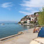 Plyazh v Ohride gde my kupalis nochyu 150x150 - Жилье в Охриде. Охридское озеро, пляжи.
