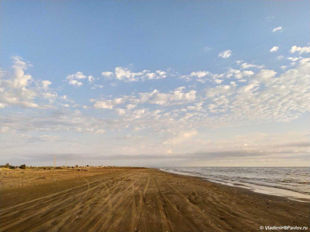 Poberezhe Kaspijskogo morya. Dagestan 1024x768 - Доброе утро, Дагестан! Из аэропорта пешком на море