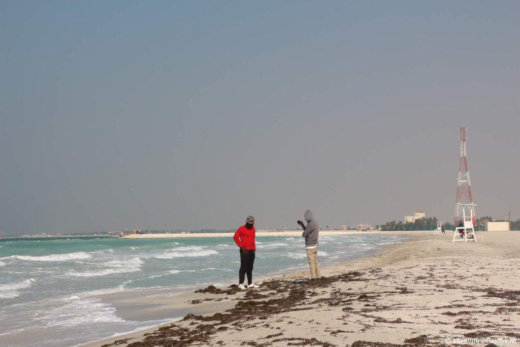 Pogoda na plyazhah Bahrejna zimoj vetrenna. Plyazhi Bahrejna. Bahrain beach 1024x683 - Пляжи Бахрейна. Где купаться в Бахрейне