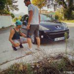 Posle avarii proveryaem sostoyanie mashiny. Albaniya 150x150 - Президент Албании. Возврат кармы. Эпический провал.