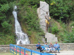 Prometej v kurortnom parke Borzhomi 300x225 - Грузия, Боржоми. 21