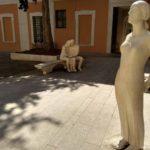 Skulptura v Pezaro. Pesaro 150x150 - Урбино через Пезаро (Urbino via Pesaro). Путешествия по Италии.
