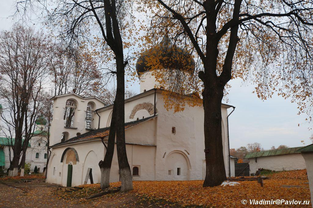 Sobor Preobrazheniya Gospodnya v Mirozhskom monastyre Pskova - Мирожский монастырь в Пскове