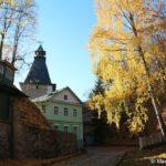 Territoriya Pskovo pecherskogo monastyrya otkrytaya tolko dlya monahov 150x150 - Пещеры Богом зданные, Печерский монастырь