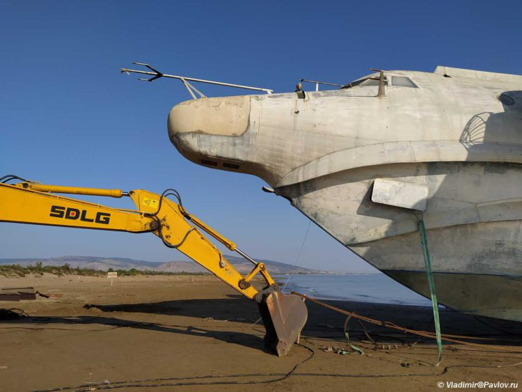 Unikalnyj dizajn raketoplana Lun. Kaspijskoe more Dagestan 750x563 - Как добраться до экраноплана «Лунь» в Дербенте