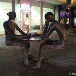 Vecherami v Skope dazhe skulptury pyut pivo 150x150 - Достопримечательности Скопье, продолжение