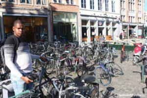 Velosipednaya Belgiya prinimaem lyubye velosipedy 300x200 - Бельгия. Брюгге. Brugge. 8