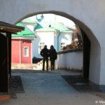 Vhod v Pecherskij monastyr 150x150 - Псково-Печорский Свято-Успенский монастырь