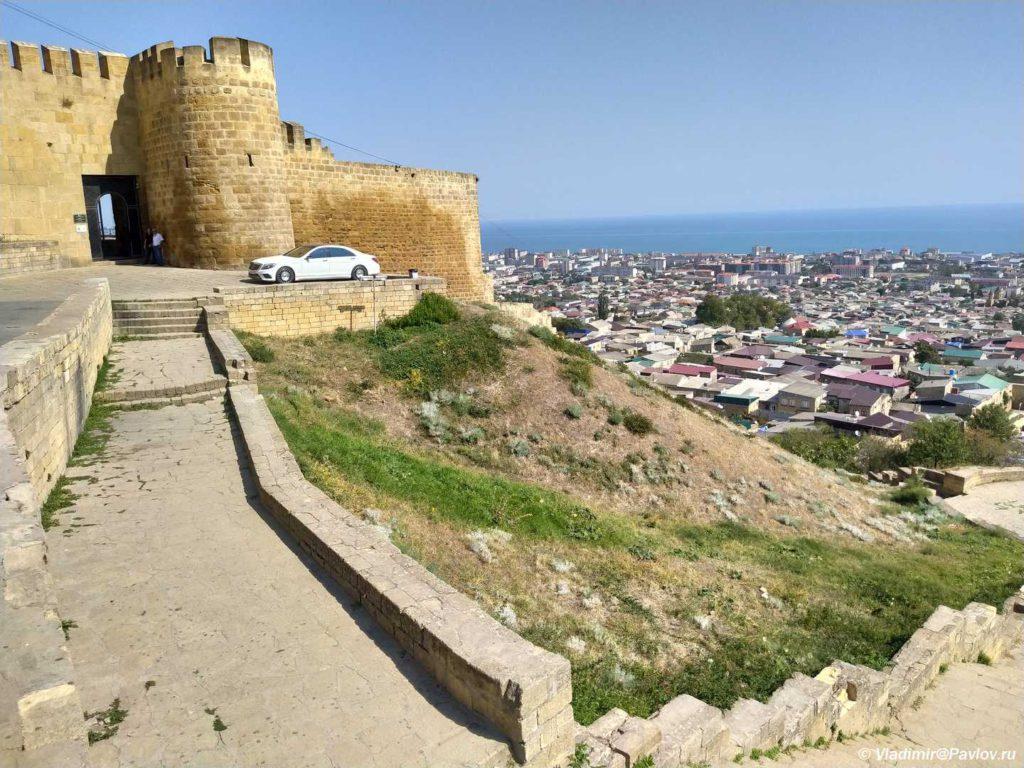 Vhod v krepost Naryn Kala v Derbente 1024x768 - Дербентская крепость