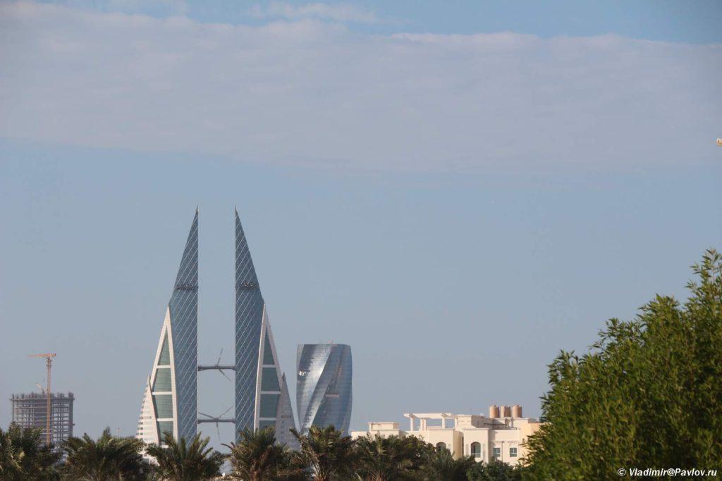 Vid na Bahrejnskij vsemirnyj torgovyj tsentr iz Bolshoj mecheti. Bahrain World Trade Center 1024x683 - Прогулка по столице Бахрейна, Манаме