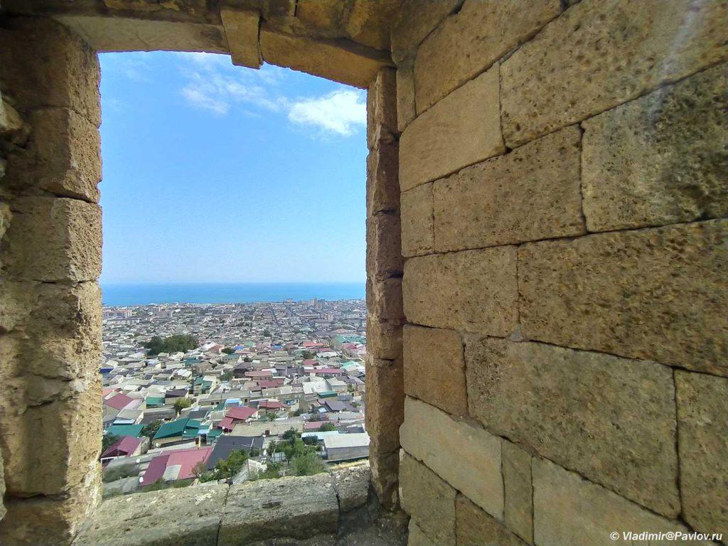 Vid na Derbent starejshih gorod Rossii 1024x768 - Дербентская крепость
