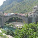 Vid na Staryj most so storony peshehodnoj ulitsy ot stantsii. Mostar. Bosniya i Gertsegovina Mostar 150x150 - Что показывают в Мостаре организованным туристам