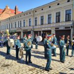 Voennyj orkestr gotovitsya projti po Krasnoj ploshhadi Vyborga 150x150 - 9 мая в Выборге. Праздник на Красной площади, парад ретротехники военных лет
