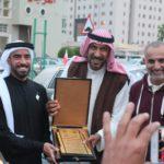 Vruchenie diplomov. Na vystavke Avtomobilnogo kluba Bahrejn Klassik Kars. Bahrain Classic Cars Club. Manama 150x150 - Его Высочество, племянник шейха Дубая.